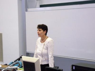 2013.10.09. Közgazdász Klub: Prof. Dr. Kiss Éva
